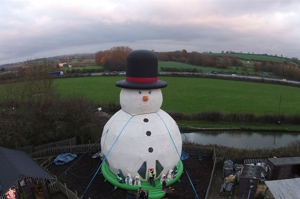 Giant Snowman Bouncy Castle is Coming to Kent