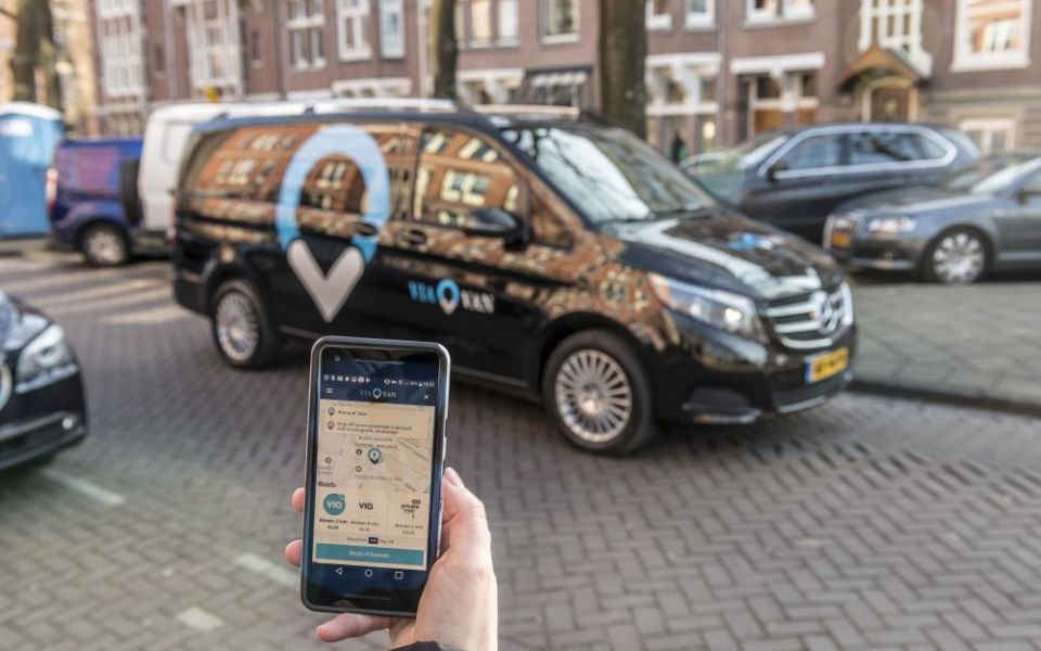 Mercedes introduce ride-sharing vans to London