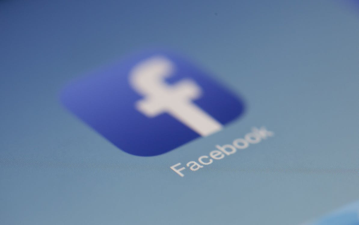 Facebook partner with OnTheMarket.Com to promote home rentals