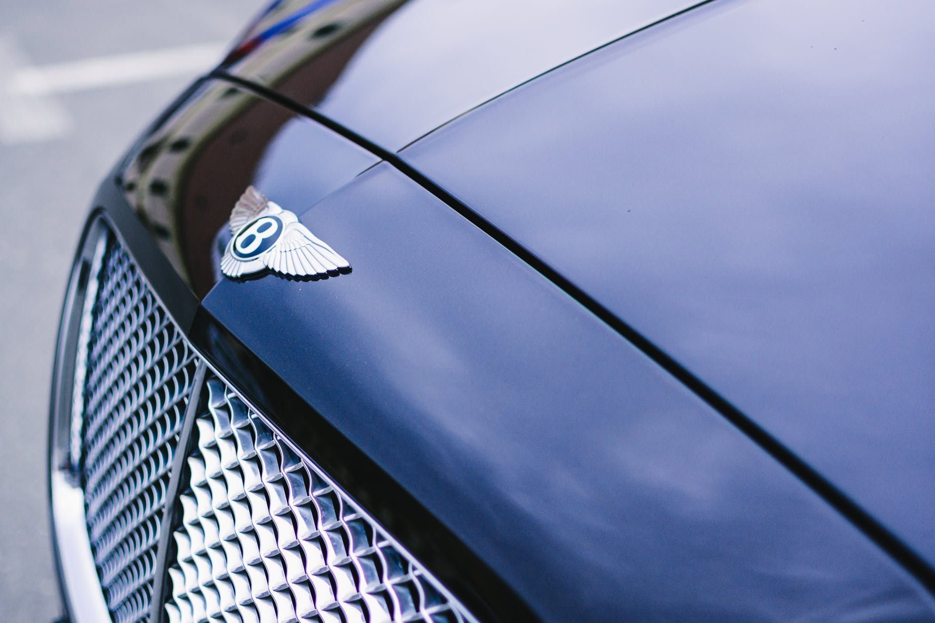 Luxury Cars: What to Hire this Summer