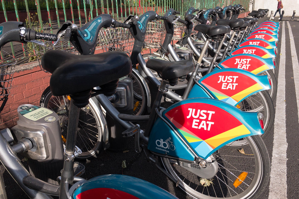 Just Eat Cycle Hire Delayed in Edinburgh