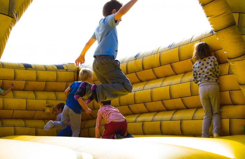 Things to Consider When Hiring a Bouncy Castle